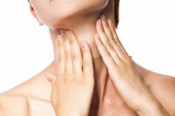 Острая боль в горле при тонзиллите