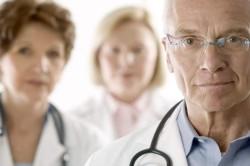 Консультация врача по вопросу лечения ангины